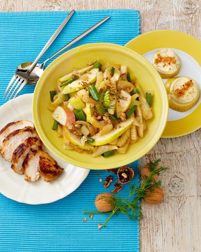 Salată fenicul și pere cu pui marinat