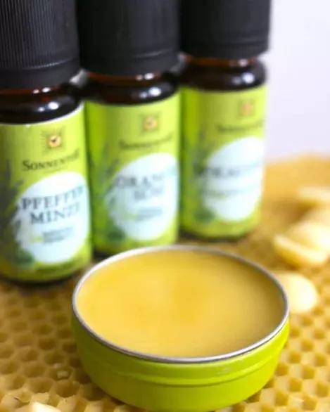 Balsam pe bază de plante pentru desfundarea nasului